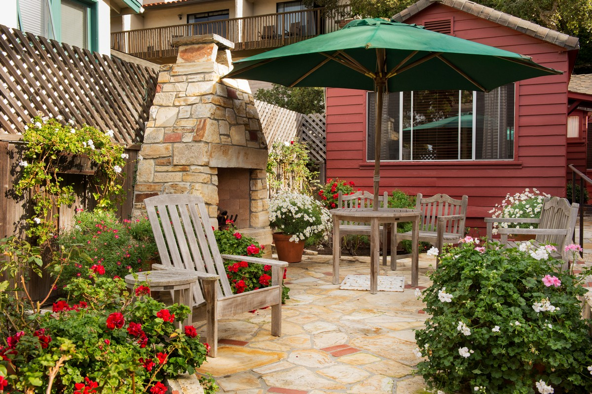 Photo Gallery (The Homestead Hotel Rooms & Cottages in Carmel ...